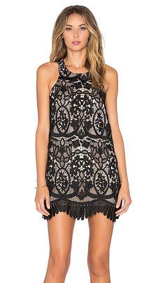 REVOLVE Caspian Shift Dress en Negro de REVOLVE (AW 15-16) por 165,96€