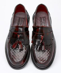 Delicious Junction (real rude shoe brand) ox blood loafers with woven upper. I would kill for these. Mod Shoes, Men's Shoes, Shoe Boots, Dress Shoes, Flat Shoes, Skinhead Fashion, Punk Fashion, Fashion Shoes, Style Fashion