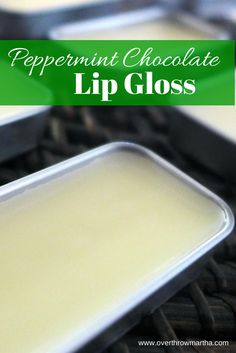 Homemade Peppermint Chocolate lip gloss for a #holiday #gift #diy
