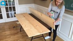 Transform your fold out table into a gorgeous Farmouse dinning room table. This is a serious budget decor hack! video interieur DIY Farmhouse Table On A Serious Budget Farmhouse Folding Tables, Diy Farmhouse Table, Farmhouse Design, Farmhouse Decor Cheap, Farmhouse Budget, Farmhouse Ideas, Modern Farmhouse, Fold Out Table, Dinning Room Tables