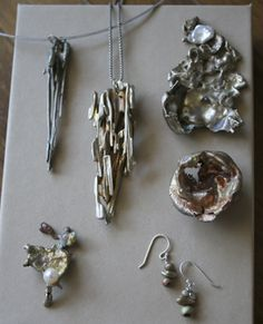 Water Casting Jewelry Class Class and Material Fee $95 Sunday, Feb. 3, 2013 10:30am-1:00pm Learn how to use water to make this interesting jewelry pieces with Erin Elowe. Students will leave with a multiple finished pieces. No experience needed.
