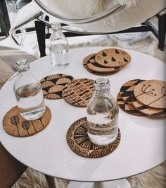 Cork Crafts, Fun Crafts, Diy And Crafts, Thrift Store Crafts, Cork Coasters, Dremel, Pyrography, Diy Projects To Try, Diy Art