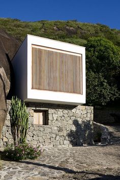 Casa Box by Alan Chu & Cristiano Kato Architect