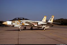 Grumman F-14A Tomcat VF 142 Ghostriders