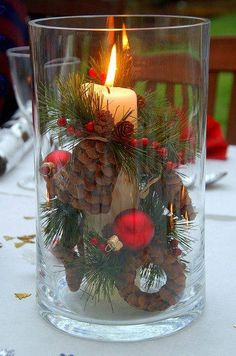 Christmas Table Decoration Christmas Centerpieces For Tables Christmas Candles, Noel Christmas, Country Christmas, Christmas Projects, Winter Christmas, All Things Christmas, Christmas Center Pieces Diy, Homemade Christmas, Christmas Lantern Decor