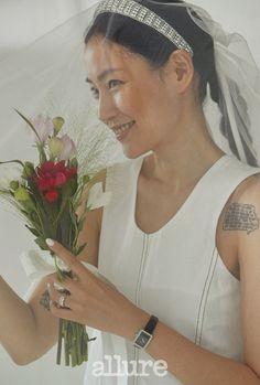 Headband Veil, Photography Poses, Bridal Hair, Wedding Photos, Dream Wedding, Dress Up, Wedding Inspiration, Bouquet, Couples