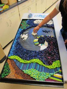 Noah's Ark Crayon Mosaic by Suzi Furtwangler Class Art Projects, Auction Projects, Group Projects, Collaborative Art Projects For Kids, Collaborative Mural, Diy Projects, Art Auction, Open Art, Crayon Art