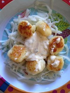 Fish balls with dill sauce and rice noodles
