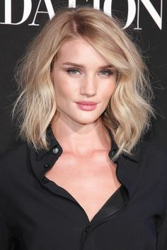 Celebrity Medium Loose Wave LOB Hairstyle Lace Front Human Hair Wig 12 Inches - All For Bob Hair Trending Wavy Bob Haircuts, Wavy Lob, Cool Short Hairstyles, Celebrity Hairstyles, Wavy Hair, Celebrity Bobs, Blonde Lob, Glamorous Hairstyles, Short Wavy