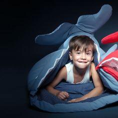 Baby Bites - blue kids sleeping bag - Bmini - Design voor kinderen