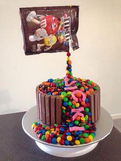 Mnm's cake