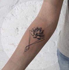 By Dasha_sumtattoo #lotus#geometric#tattoo