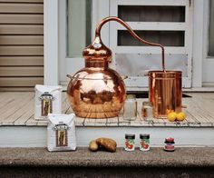 The 10 Gallon Homemade Whiskey Still from the Whiskey Still Company. This lead free full copper still is handcrafted by experienced shiners. Make Your Own Whiskey, How To Make Bourbon, Brew Your Own, Moon Shine, Whiskey Still For Sale, Moonshine Kit, Peach Moonshine, Moonshine Whiskey, Moonshine Recipe