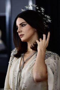 Lana Del Rey Lyrics, Lana Del Ray, Trends 2018, Pretty People, Beautiful People, Elizabeth Grant, Queen Elizabeth, Divas, Cult