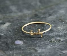 "this in ""Emma"" // Initial name ring Handwriting font - 18K gold plated"