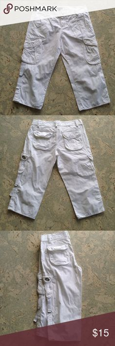 """Armani Exchange White Shorts Size 2 Armani Exchange White Shorts Size 2. Inseam is 18"""". Side tabs to scrunch legs up. 99% Cotton 1% Spandex. Made in China. Gently worn Armani Exchange Shorts Bermudas"""
