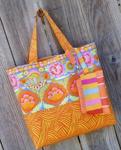 Free Sewing Pattern: Sunshiney Day Tote & Zip Pouch