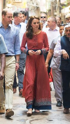 Kate Middleton in a printed Glamourous maxi dress (it's just $50!)