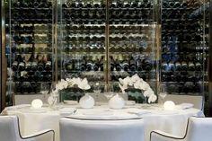 Brasserie во престижниот хотел Амстел