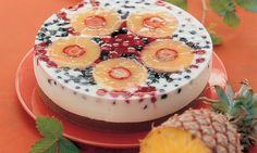 Tort caucazian Rețetă: Un desert răcoritor, nu prea dulce - Una dintre sutele de retețe delicioase de la Dr. Oetker! Kefir, Acai Bowl, Panna Cotta, Cheesecake, Breakfast, Ethnic Recipes, Desserts, Food, Pineapple