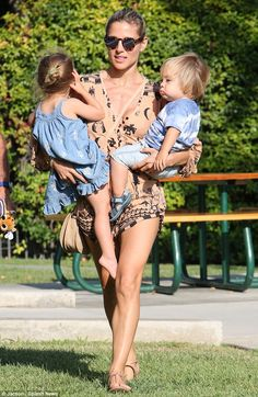 One, two, three, lift! Elsa Pataky showed precisely how she stays in shape carrying daught...