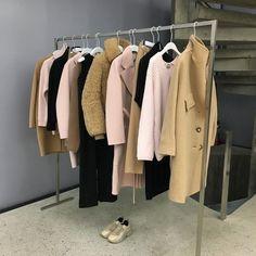 - ̗̀ @fabxiety ̖́ - Work Fashion, High Fashion, Fashion Outfits, Devon Lee, City Chic, Wardrobe Rack, Cool Outfits, My Style, How To Wear