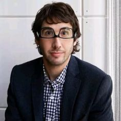 Community Post: 17 Tweets That Solidify Josh Groban's Exceptional Existence
