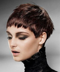 pixie+cut,+pixie+haircut,+cropped+pixie+-+pixie+cut+with+mahagony+hair+color - Christmas-Desserts 2015 Hairstyles, Pixie Hairstyles, Pixie Haircut, Trendy Hairstyles, Straight Hairstyles, Brown Hairstyles, Brown Straight Hair, Short Dark Hair, Really Short Hair