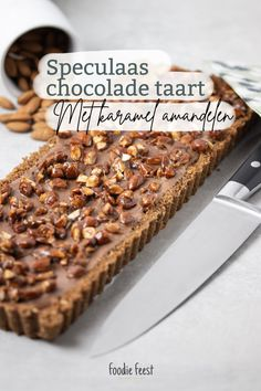 speculaas chocolade taart recept Dutch Recipes, Sweet Recipes, Protein Breakfast, Breakfast Recipes, Cooking Black Beans, Chocolate Cookies, Vegetable Dishes, Cupcake Cakes, Delish