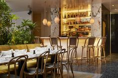 Fresh from a major overhaul, the restaurant at 62 rue Mazarine Turning over its keys to architect and interior designer Laura Gonzalez for a three month period at the end of last year, Alcazar is back with a decadent spirit, and an Instagram-ready...