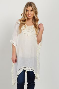 A perfect transition would not happen without this lightweight linen maternity top. Featuring open crochet detailing and a flattering cut, this is your go-to for a summer to fall look with a basic maternity jean and booties.