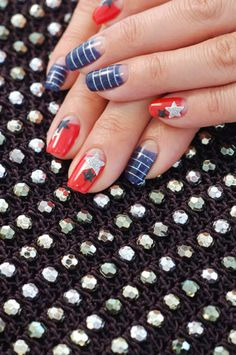 independance day nails [more at pinterest.com/eventsbygab]