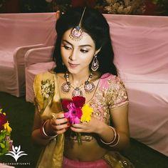 Radha Krishna Pictures, Radha Krishna Photo, Krishna Photos, Radhe Krishna, Krishna Art, Lovely Girl Image, Cute Girl Pic, Girls Image, Aditi Sharma