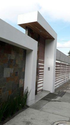 Reggie' s modern wall - AmigurumiHouse Gate Wall Design, House Fence Design, Exterior Wall Design, Modern Fence Design, Home Garden Design, Modern House Design, Door Design, Modern House Facades, Plafond Design