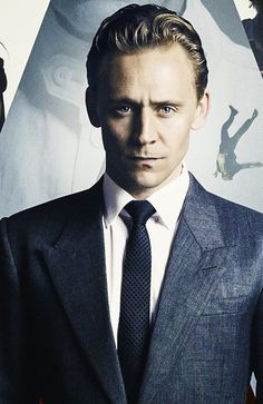 """Tom Hiddleston as Dr. Robert Laing in """"High-Rise"""" Detail from the poster - my edit Thomas William Hiddleston, Tom Hiddleston Loki, Tom Hiddleston High Rise, Westminster, Pretty Men, Beautiful Men, Marvel Dc, Handsome Prince, Jeremy Renner"""