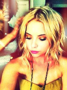 When I'm tired of super short hair, I'm going to grow it to this length and curl it like that. So cute! Love Ashley Benson.