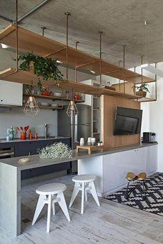decoração para cozinha americana com sala de jantar com nichos de madeira #cozinhaintegrada #cozinhaplanejada