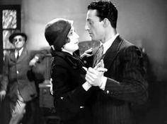 """Lia Franca and Vittorio De Sica in Mario Camerini's """"Gli uomini, che mascalzoni..."""" (Italian title: """"What Scoundrels Men Are"""", 1932)."""
