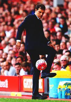 (5) Twitter West Ham United Fc, Blowing Bubbles, The Unit, Football, Sport, Twitter, Soccer, Futbol, Deporte