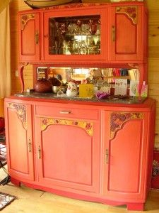 vaisselier vintage entierement relook furniture redo pinterest furniture armoire and decor. Black Bedroom Furniture Sets. Home Design Ideas