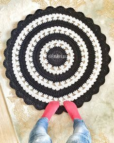 T Shirt Yarn, Baby Crafts, Crochet Dolls, Rugs On Carpet, Crochet Projects, Old Things, Kids Rugs, Sewing, Knitting