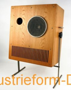 Speakers for recording studios and broadcast control rooms Z 132 with amplifier VS1;  Manufacturer: HELIRADIO (equipment manufacturing Hempel KG, Limbach-Oberfrohna);  Design: Karl Clauss Dietel, Lutz Rudolph, circa 1965