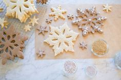 Snowflake cookies: http://www.stylemepretty.com/living/2014/12/18/10-tips-for-perfect-holiday-cookies/ | Photography: Matthew Land - http://www.matthewland.com/