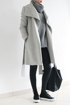 This is a great look; grey coat and big jumper with black runners. But I do NOT need another coat, no.from MINIMAL + CLASSIC Fashion Mode, Minimal Fashion, Look Fashion, Mode Outfits, Winter Outfits, Casual Outfits, Skandinavian Fashion, Looks Style, Style Me