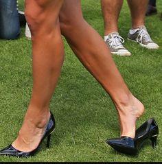Sexy Legs And Heels, Sexy High Heels, Pumps Heels, Stiletto Heels, Gorgeous Feet, Fashion Heels, Black Shoes, Heeled Mules, Calves