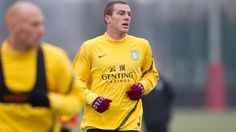 Richard Dunne - doesn't really have a clue