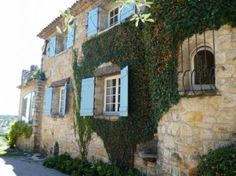 country home....Villa le Rouret