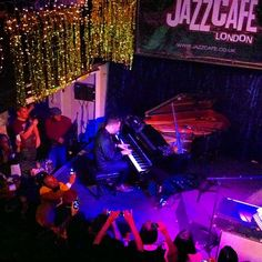Jazz Cafe in Camden Town - Best intimate venue for live music in London. Worth paying the extra for a table at the restaurant to eat and watch the performance at the same time. Camden Lock, Jazz Cafe, Travel Music, Things To Do In London, London Calling, British Isles, Places To Eat, Live Music, Wonders Of The World