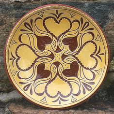 Wilz Pottery   Pennsylvania Redware   Sgraffito   Slipware Earthenware Clay, Sgraffito, Heritage Center, Pottery Classes, Pottery Making, American Crafts, American Revolution, Old Art, Early American