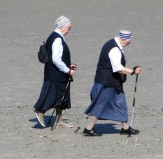 Beach Walkers in Norderney ©Sabine Weissbach
